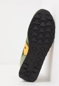 Saucony - JAZZ VINTAGE - Sneaker low - green/mustard - 5