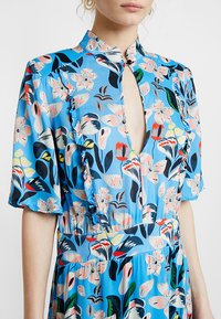 Custommade - EVA - Shirt dress - azure blue - 5