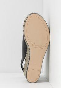 Högl - Platform sandals - schwarz - 6