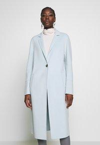 Oakwood - HELSINKI - Classic coat - ice blue - 0