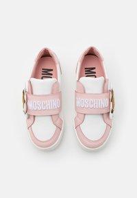 MOSCHINO - Trainers - white - 3