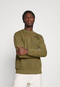 Marc O'Polo DENIM - Sweatshirt - fresh olive - 0