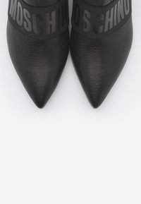 MOSCHINO - Ankle boots - nero - 4