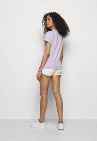 Fiorucci - DANCING BUGS TEE FOXGLOVE - Print T-shirt - lilac - 2