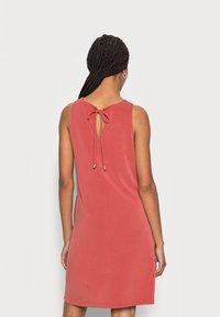 comma casual identity - Day dress - tabasco - 2