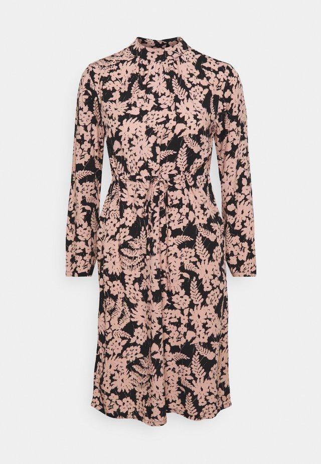 PCZINE DRESS - Day dress - black/misty rose