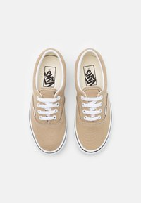 Vans - ERA UNISEX - Tenisky - incense/true white - 3