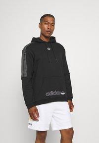 adidas Originals - UNISEX - Sweatshirt - black/chalk white - 0