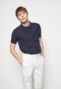 Frescobol Carioca - TAILORED TROUSERS - Kalhoty - off white - 3