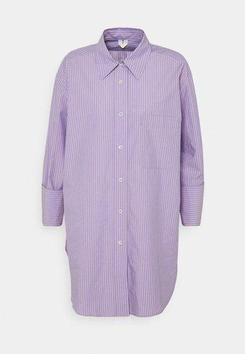 SHIRT - Camisa - purple stripe