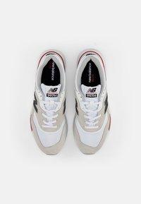 New Balance - 997 - Zapatillas - white/red - 3