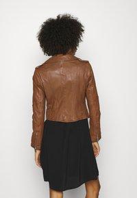 Oakwood - ALIZEE - Leather jacket - cognac - 2