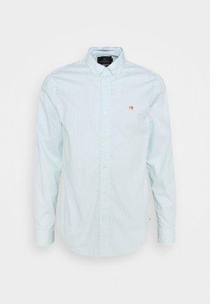 REGULAR FIT STRIPED OXFORD - Shirt - light green