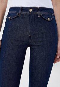 LIU JO - Flared Jeans - blue denim - 2