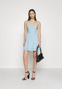 Hollister Co. - BARE SHORT DRESS  - Kjole - light blue - 1