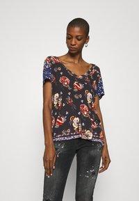 Desigual - ANTOINE - T-shirts med print - black - 0