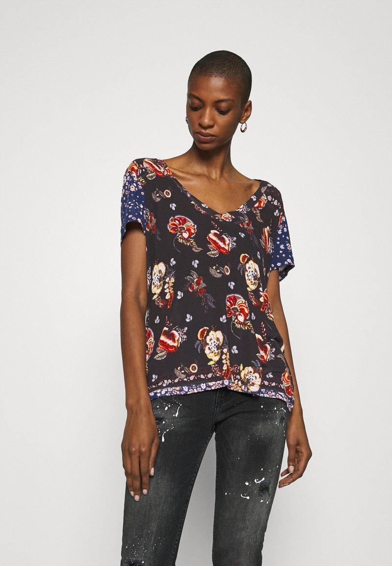 Desigual - ANTOINE - T-shirts med print - black