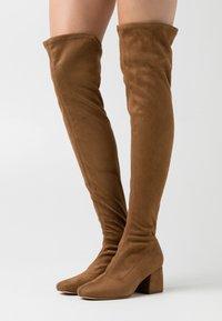 ONLY SHOES - ONLBILLI LIFE LONG SHAFT HEELED BOOT  - Høye støvler - sand - 0