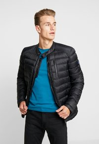 Superdry - COMMUTER QUILTED BIKER - Light jacket - jet black - 0