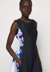 DKNY - FIT AND FLARE - Jersey dress - navy/cream/multi - 4
