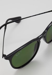 Ray-Ban - 0RB4171 ERIKA - Solglasögon - black - 2