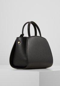 Coccinelle - CONCRETE HANDBAG - Handbag - noir - 2