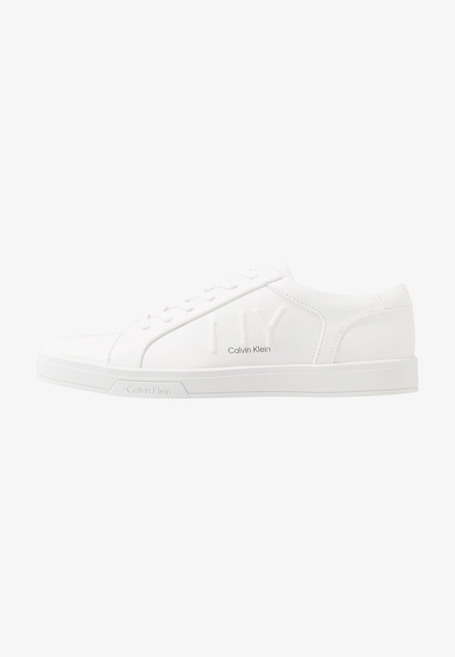 BOONE - Trainers - white