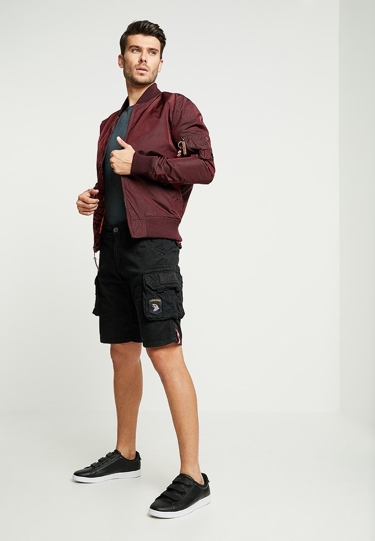 Alpha Industries CREW PATCH  - Short - black