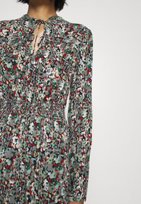 ONLY - ONLVICK ANKEL DRESS - Maxi dress - night sky/beat bloom kalamata - 5