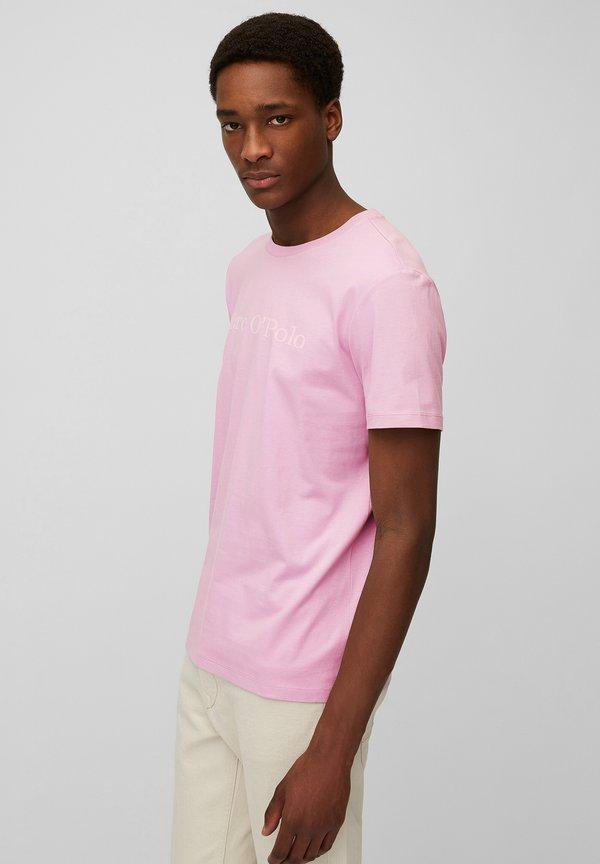 Marc O'Polo SHORT SLEEVE - T-shirt z nadrukiem - berry shake/jasnorÓżowy Odzież Męska HKUQ