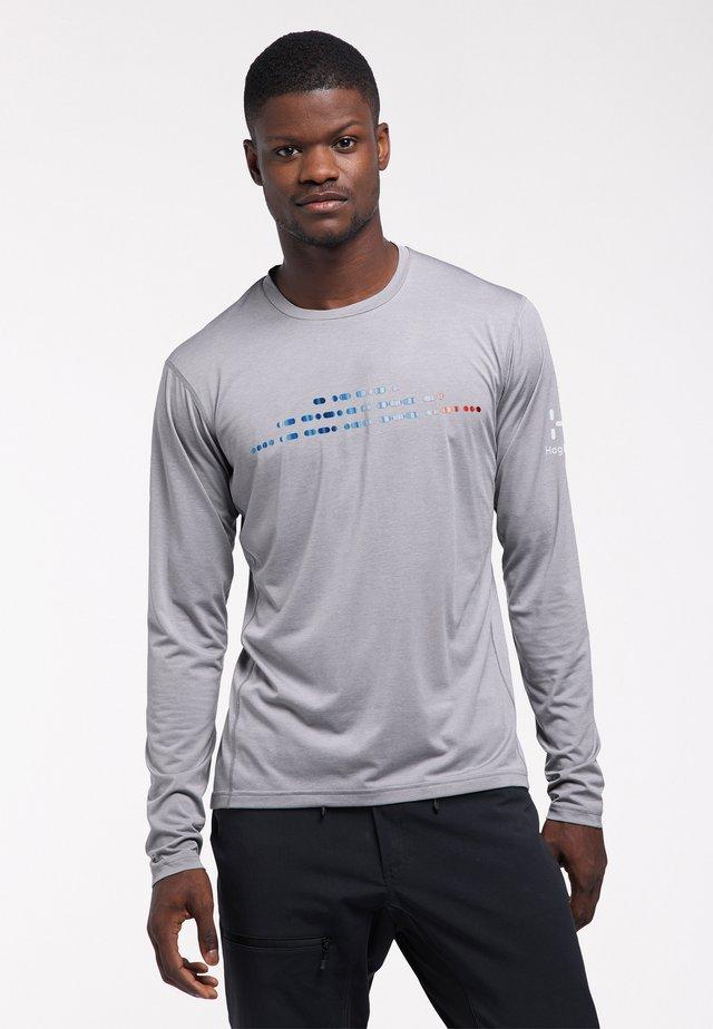 Sports shirt - concrete