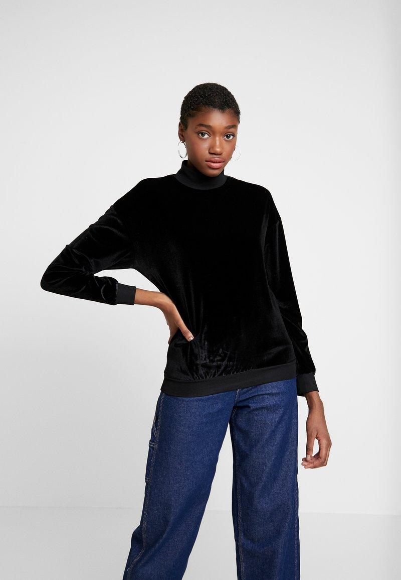 KIOMI - Maglietta a manica lunga - black