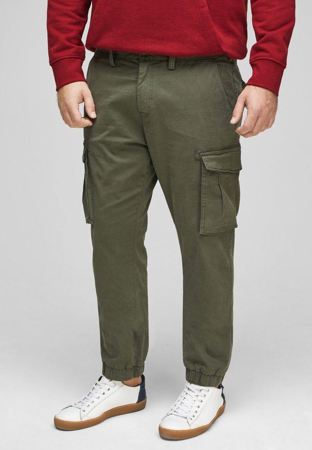 BROEKEN - Cargo trousers - olive