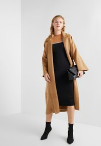 Elisabetta Franchi - Classic coat - cammello - 1