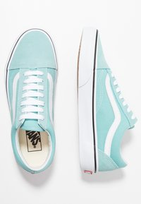 Vans - OLD SKOOL - Trainers - aqua haze/true white - 1