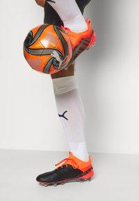 Puma - AC MAILAND TRAINING SHORTS - Sports shorts - black - 3