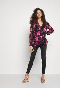 ONLY Petite - ONLBLUSH - Jeans Skinny Fit - black denim - 1
