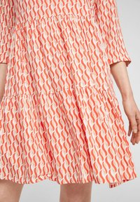 comma - Day dress - coral - 6