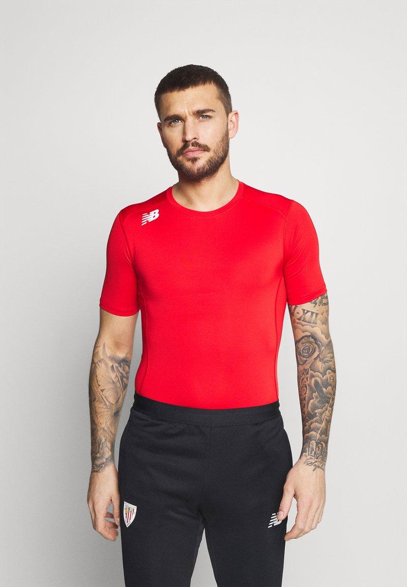 New Balance - Basic T-shirt - red