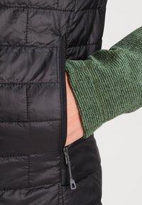 Patagonia - NANO PUFF VEST - Waistcoat - black - 4