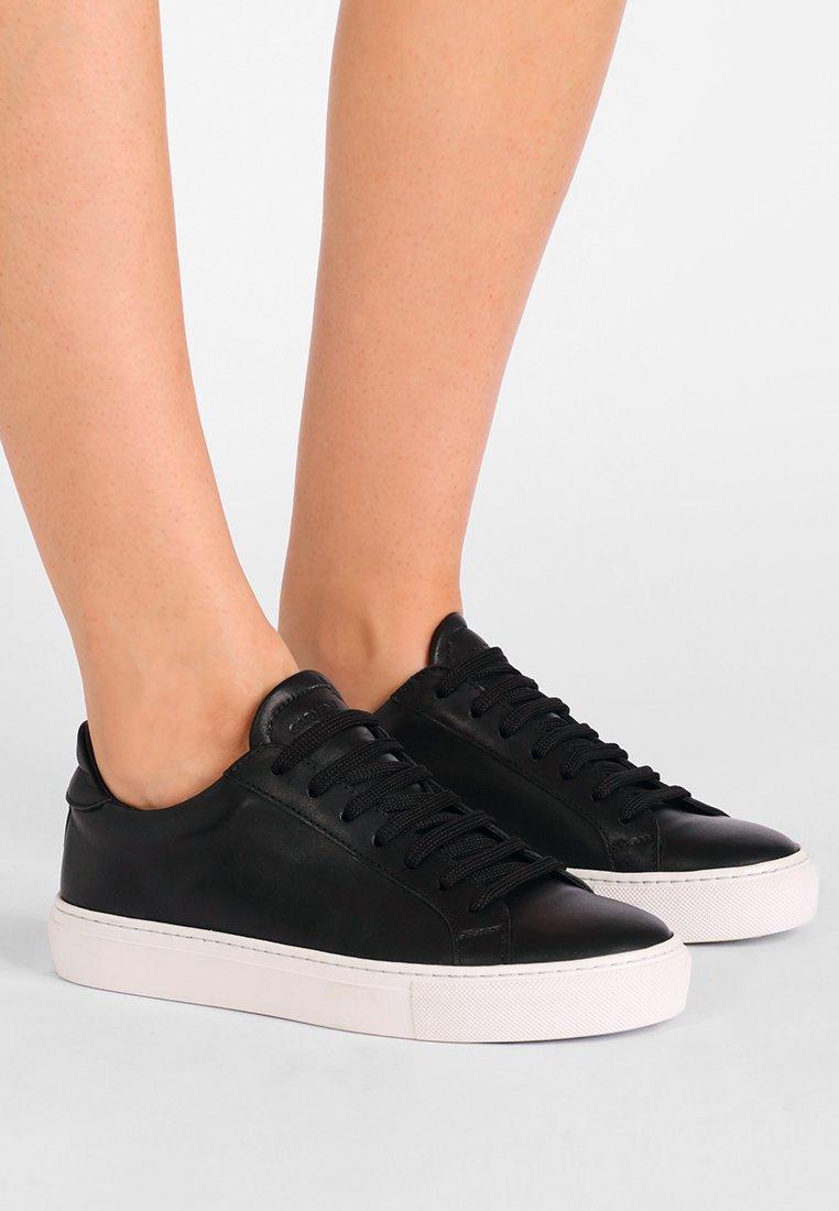 GARMENT PROJECT - TYPE - Sneakers - black