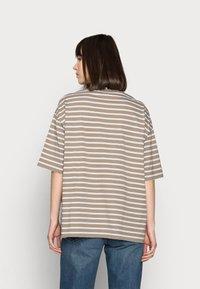 ARKET - Basic T-shirt - mole stripe - 2