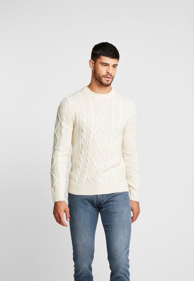 HOLIDAY CABLE CREW  - Strickpullover - cream