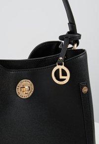 L.CREDI - EDINA - Handbag - schwarz - 6