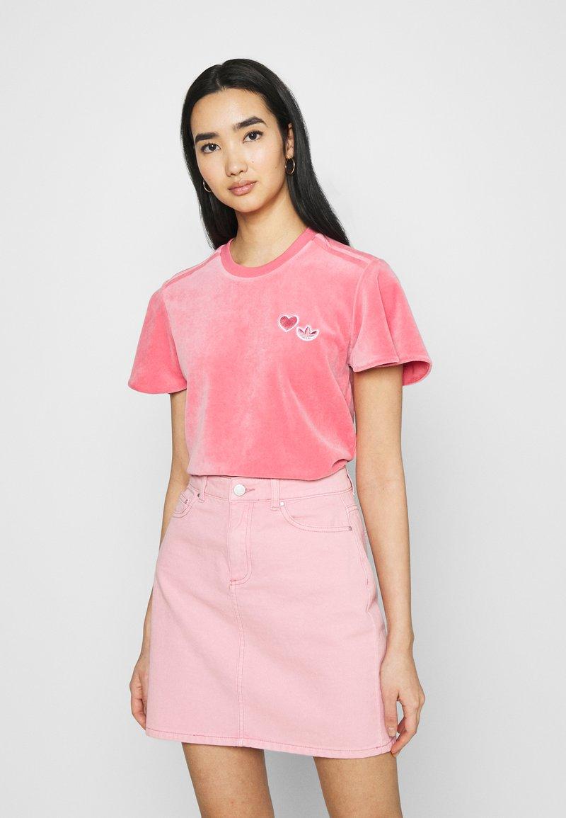 adidas Originals - Print T-shirt - hazy rose