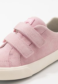 Camper - PURSUIT KIDS - Zapatillas - pink - 2