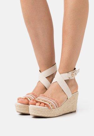 Sandalias con plataforma - light pink