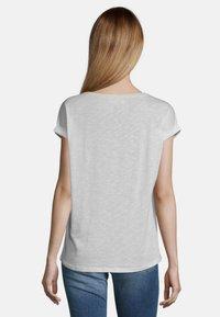 Cartoon - MIT AUFDRUCK - Print T-shirt - weiß/taupe - 2
