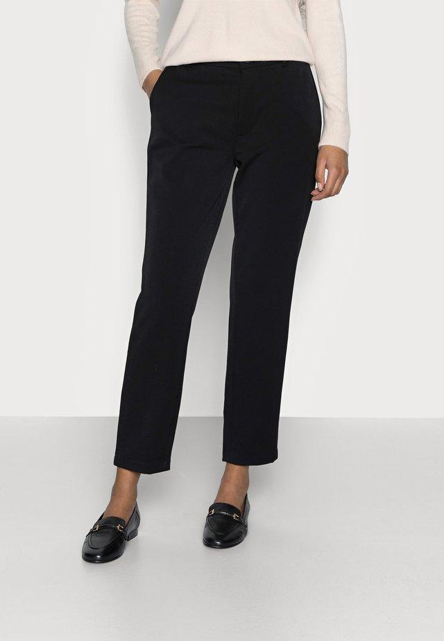 ONLEMILY VELMA PANT - Bukse - black