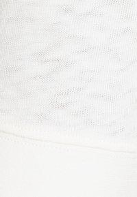 Marc O'Polo DENIM - MODERN - Jednoduché triko - scandinavian white - 2